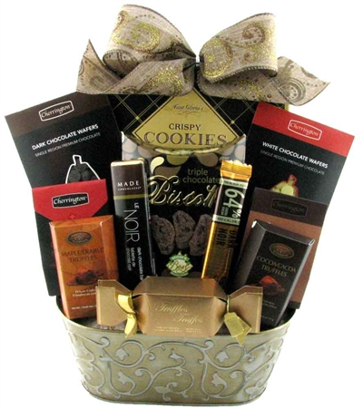 سبد شکلات -ارسال هدیه به کانادا