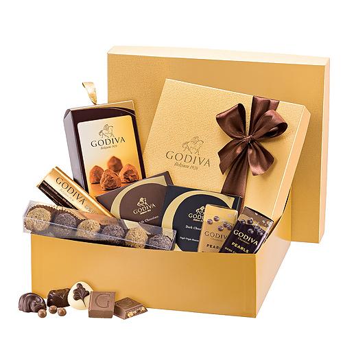ارسال هدیه به اسپانیا - ارسال شکلات به اسپانیا-تبریک- ولنتاین- جعبه شکلات - شکلات