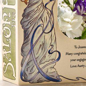 دختر خوشگل-ارسال هدیه به انگلیس