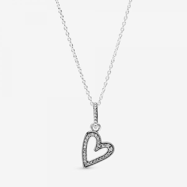 ارسال هدیه به ایتالیا- ارسال گل به ایتالیا-تبریک- ولنتاین- روز مادر- گردنبند قلب- پاندورا