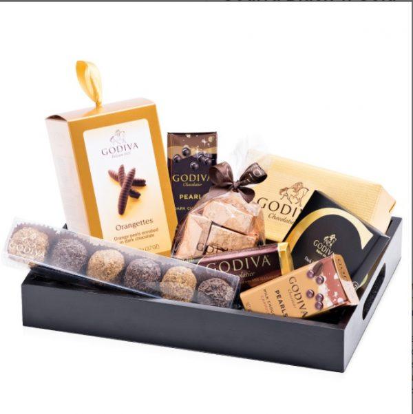 ارسال هدیه به سوئد- ارسال گل به سوئد-ولنتاین- ارسال کیک به سوئد - تبریک تولد-جعبه شکلات لوکس- ارسال شیرینی-دسته گل