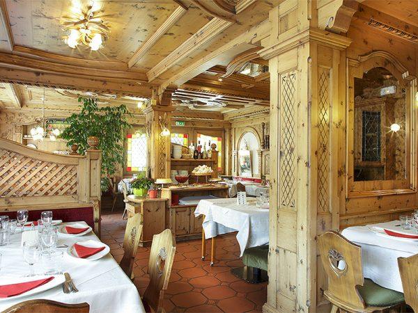 ارسال هدیه به فرانسه – پکیج سورپرایز- تفریح- سرگرمی- رستوران –ماساژ-زیبایی-هتل لاکچری –پکیج هدیه فرانسه