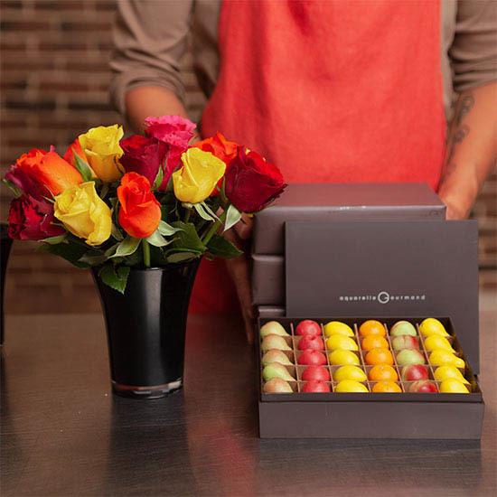 ارسال هدیه ولنتاین- ارسال گل و شکلات - ارسال شیرین - ارسال هدیه به آلمان